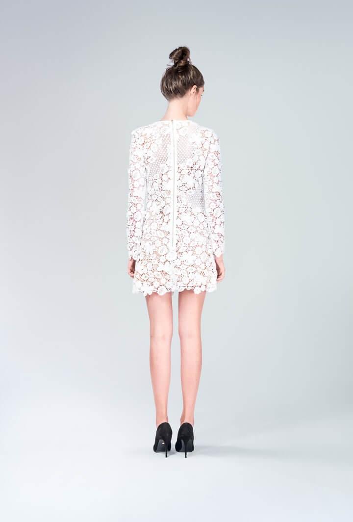 Ажурное платье мини белое