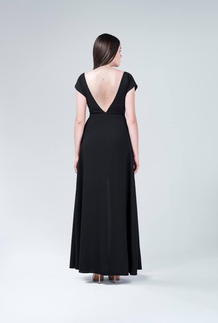 Платье черное в пол с разрезом