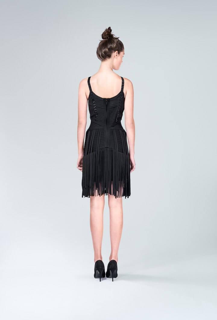 Платье чёрное с бахромой