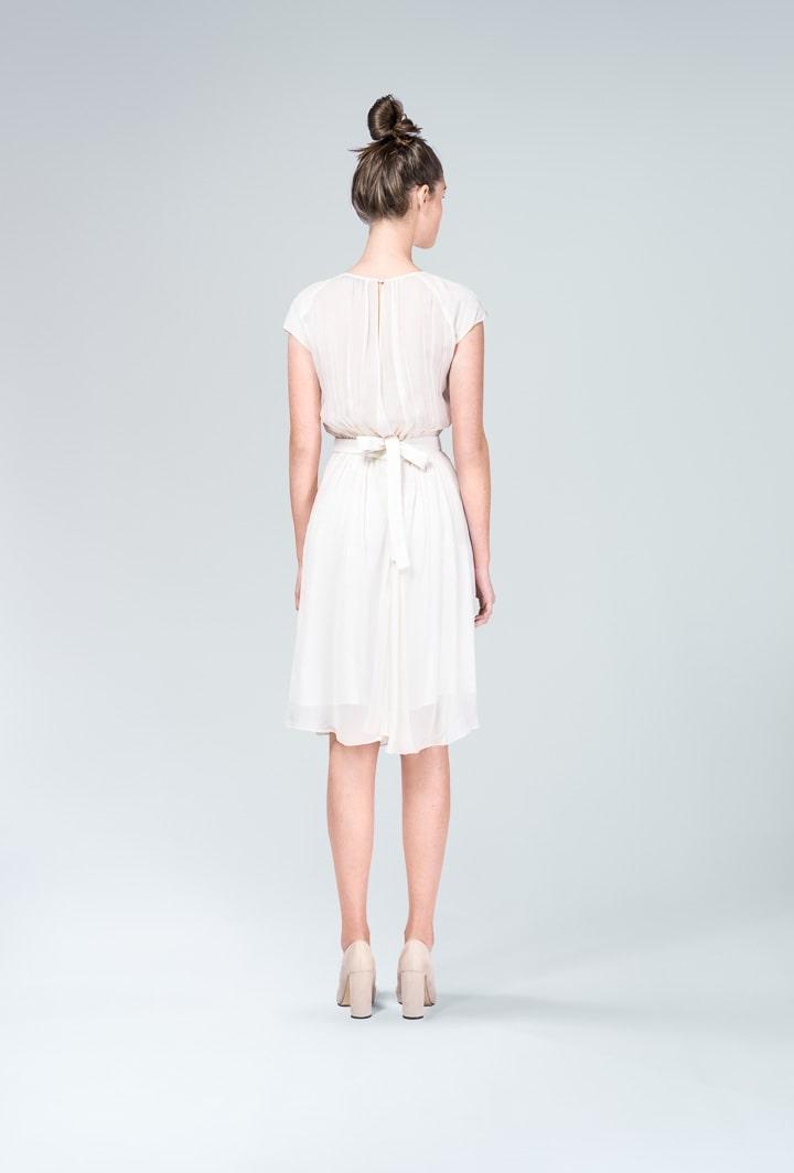 Платье Korin молочное с поясом