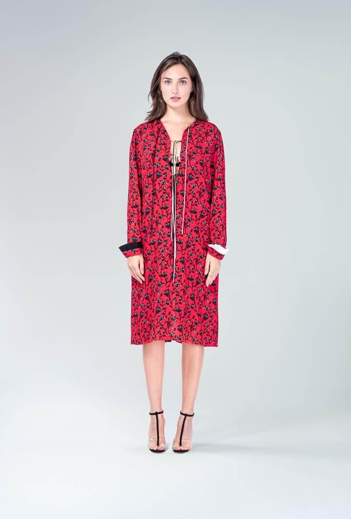 Платье рубиновое со шнуровкой